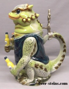 First, blue parrots and now lizards. Not sure which one I'd prefer. Still, Corona's steins really don't have the Ocktoberfest spirit in my opinion.