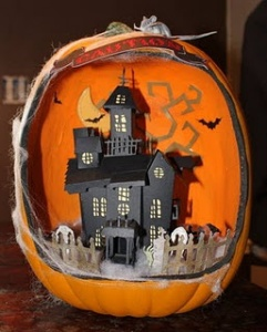 Now this paper haunted house is actually quite well designed. Still, might need more detail and appear more decrepit looking.