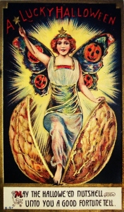 Of course, I can guess this is a vision a card designer got after drinking too much absinthe. Yeah, kind of freaky if you agree with me, especially with the jack o'lanterns on her wings.