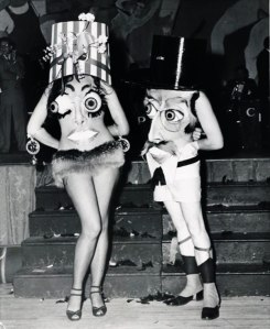 Now I've seen people in sexy and scantily clad costumes before. But this is just ridiculous and terrifying at the same time. Seriously, this is something you'd see on a very bad acid trip.