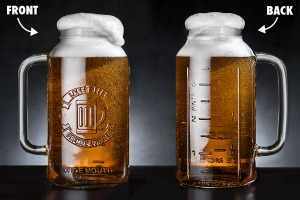 Now this is quite clever. And if you're not using it for boozing, you can use it for storage. Like any mason jar.