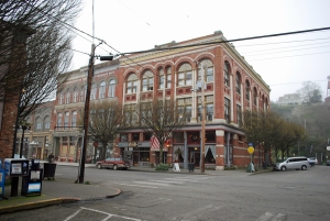 Port Townsend's Palace Hotel is said to house an Egyptian theater, Northern Pacific offices, a grocery store, a state liquor store, a florist shop, and several restaurants. But it's said that its haunted activity stems from it being used as a brothel.