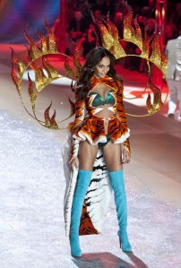 I think this would've been better if she was wearing an actual tiger costume. And not a sexed up one at that.