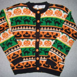 Now this one seems to be made in true ugly Christmas sweater fashion. Kids might already see this one among the adults giving them candy.