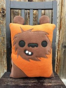 Now this looks quite easy to sew up. It's also quite adorable like a little teddy bear. Just like Ewoks.