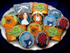 Now these cookies look professionally made. Yet, the consist of Yoda, an X-Wing, Padme Amidala, Darth Maul, Boba Fett, lightsaber duel at Cloud City, and Princess Leia.