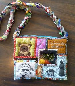 Now you've probably seen a purse like this for the Hunger Games if you've been following my blog. Still, this is a very appropriate Star Wars patchwork indeed.