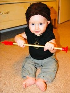 Now this is an adorable Katniss costume, which seems like an easy costume to make. Still, while Katniss Everdeen is a great role model for girls, I'm not sure if she makes a great toddler costume.