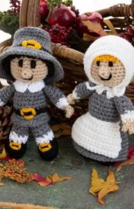 Now these are cute. Love their clothes though they're more suited for Pilgrim Sunday dress than anything.