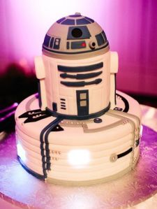 Now that cake certainly looks like R2-D2 encased in wires. Still, he was such an ornery little droid who saves everyone's ass and won't give up.