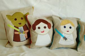 From what I can tell, these consist of Yoda, Luke, and Princess Leia. Still, these are so adorable that I wouldn't mind having them.