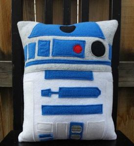 Now I know I've put pictures of fleece pillows before. But this is simply adorable regardless. And yes, R2-D2 is a cute droid.