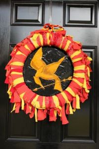 Now this is pretty. And it has red, orange, and yellow streamers to emphasize how Katinss is the