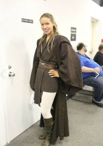 Sometimes I wish I could wear those. They look so comfy. Guess that's why Obi Wan Kenobi wore his for years.