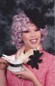 So I guess Effie's at some sort of tea social. Wonder what she'll talk about there. Still, very clever.