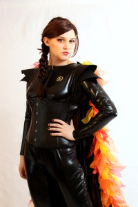 Now this is a very cool Katniss costume. Love the flame cape here. Not realistic, but what can you do.