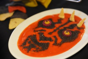 Actually that kind of looks like Darth Maul's face in tomato soup. But since this is clearly being used as a dip, I'll let it slide.