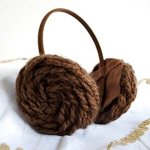 Of course, since Princess Leia's iconic hairstyle resembles sticky buns, having earmuffs like this is to be expected. Still, it's pretty clever.