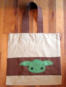 Make this bag you will. Requires to sew and cut felt, it does. Button eyes it has. Cute, you think?