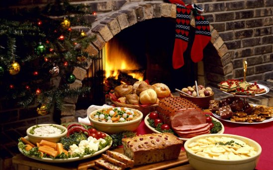 xmas-food-table-1280x800