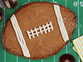 FNK_Peanut-Butter-Football-Cookie_s4x3