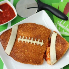 Stuffed-Pizza-football-super-bowl-party-food-2