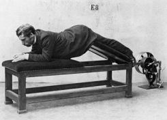 vintage-fitness-devices-03-thumb