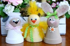 These consist of a lamb, chick, and bunny. Sure they could be made by kids and are so cute.