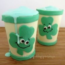 Yes, these are so adorable to make you melt. And the best part is you can eat the cups.