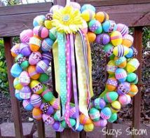 It helps that these plastic eggs have patterns. Nevertheless, I like the flower and ribbons on top.
