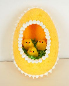 Yes, they seem to fit in this yellow sugar egg. And they're so adorable in it, too.