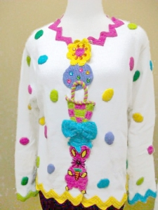 If it weren't for the eggs, I would've sworn this would be something a clown would wear. Then again, it's kind of the point.