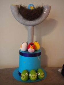 I told you that Angry Birds is a popular idea for Easter bonnets. Nevertheless, this is another interesting hat.