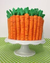 After all, this cake seems like it's surrounded by carrots. Not sure about the filling though.