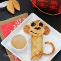egg-roll-monkey-chinese-new-year-party-recipes-320x320