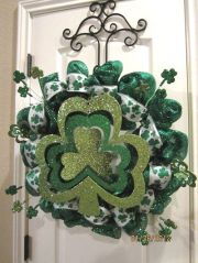 Now this wreath certainly goes all out. Nevertheless, I do love the shamrocks on this.