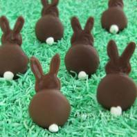 These are made from marshmallows or possibly Oreos. But they're adorable nonetheless.