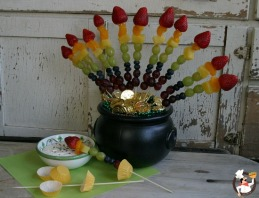 Rainbow-Fruit-Skewers-1