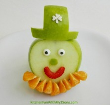 St-Patricks-Day-Leprechaun-Fruit-Snack-2