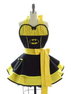 I know it's another Batman apron. Yet, it's very easy to make it a Steeler apron if you remove the bat symbol. But I wouldn't even try.