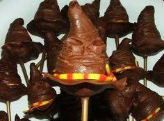 Yes, these are Sorting Hat cake pops. Not sure what I'd think about it. Personally, I think the Sorting Hat is kind of creepy.
