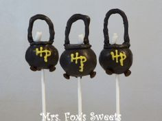 I might've had cauldron cake pops in one of my Halloween treat posts. But these were made in the Harry Potter speciality.