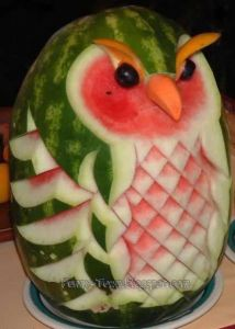 Sure it may not resemble Hedwig. But at any Harry Potter party, this would do just fine.