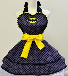However, since this was made for women, it would be quite funny to see Bruce Wayne wearing it. But I think it's pretty.