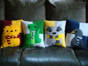Each of these is made of felt with the House colors and symbol. Yet, these are all adorable.