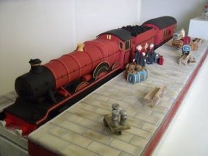 Yes, there's a cake for it the train as well. Then again, the Hogwarts Express is a nice looking train.