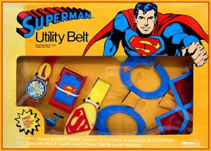 Okay, Superman has super powers like super strength, flying, and x-ray vision. So why the hell would he need a utility belt? That's Batman's thing.