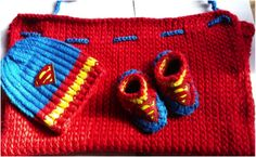 Yes, this is a Superman baby set that includes a cape, booties, and a beanie. And yes, these are super adorable.