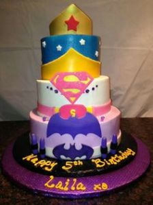 This a girl cake that includes Wonder Woman, Superman, and Batman. And yes, it's adorable.