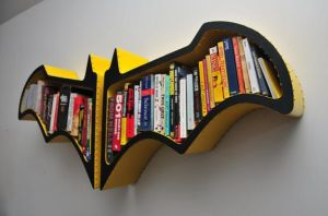 Yes, this is a Batman bookshelf. Why Batman doesn't seem to have this in his batcave, I'll never know.
